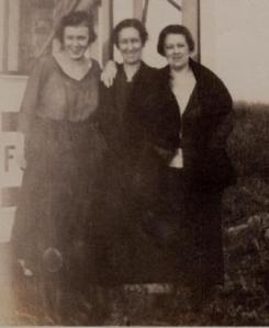 Blanche, Ruth, Grandma Herrick 001